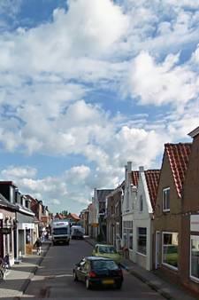 Parkeertijd opgerekt in Strijense Boompjesstraat: winkeliers zien liever geen enkele auto parkeren