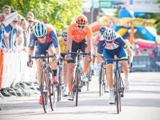 Eerste koers voor vrouwen in Honselersdijk trekt zelfs wielrenners uit Australië