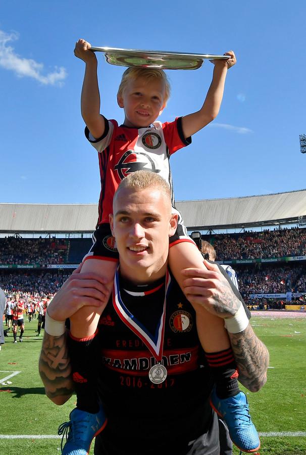 Rick Karsdorp werd op 14 mei 2017 kampioen met Feyenoord.