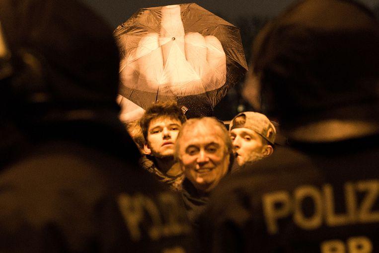 Linkse activisten protesteren tegen Pegida in Berlijn, 5 januari. Beeld getty
