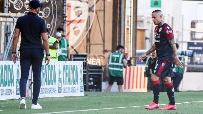 Pech voor Radja Nainggolan: middenvelder van Cagliari na een halfuur geblesseerd naar de kant