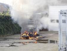 Motor verwoest door brand in Ottersum