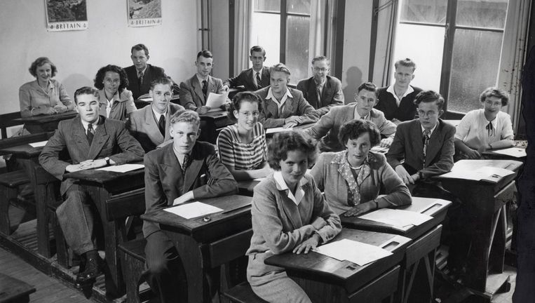 Eindexamenklas hbs in Alkmaar, juni 1950. Beeld Hollandse Hoogte/Spaarnestad Photo