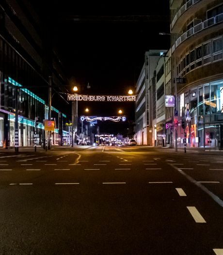 Zo zag de avondklok in Utrecht eruit: extra politie ingezet, (uiteindelijk) stil op straat in binnenstad