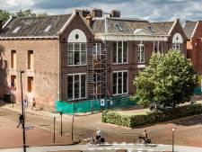 Ontwikkelaar definitief failliet: kopers Deventer Houtmarktschool moeten afbouw van woningen zelf regelen