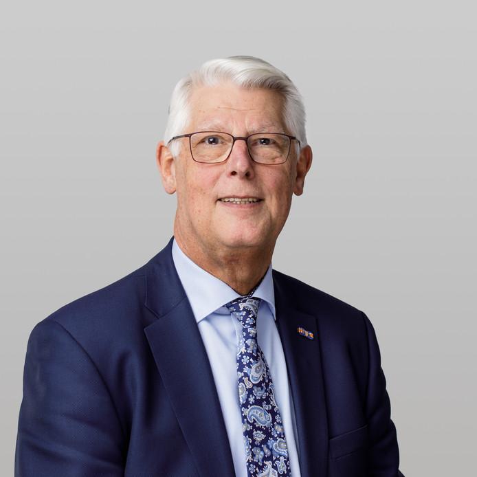 Piet van Leenen, SGP wethouder in de Hoeskche Waard