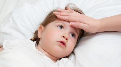 Schrijven we onze kinderen te veel pillen voor? Meer dan de helft neemt jaarlijks geneesmiddelen op voorschrift