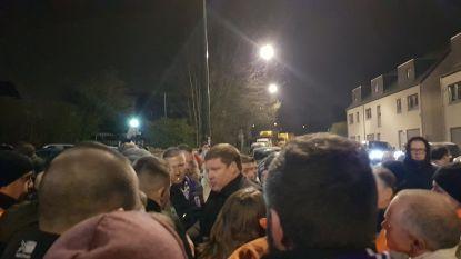 Misnoegde Anderlechtfans wachten na zoveelste debacle spelers op in Neerpede