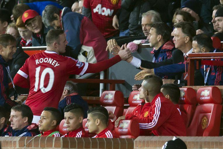 Wayne Rooney en Louis van Gaal. Beeld ap