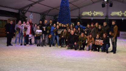 Sportkampioenen gehuldigd op schaatspiste