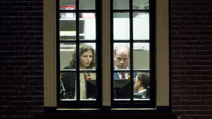 Minister Edith Schippers van Volksgezondheid, Pvda-fractievoorzitter Diederik Samsom en Premier Mark Rutte overleggen op het ministerie van Algemene Zaken.