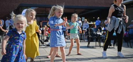 Kinderfestival in Haaksbergen: 'Het kriebelt onder m'n voeten!'