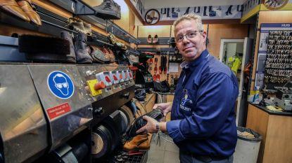 Schoenmaker viert 30 jaar in Ring Shopping