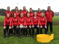 Korfbalsters van DES zijn terug van weggeweest: 'We willen met deze meiden snel omhoog'