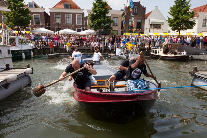 Vrijwilligers die nodig zijn om nodig om feesten te organiseren, zoals de Oud-Beijerlandse Spuidagen, haken gefrustreerd af.