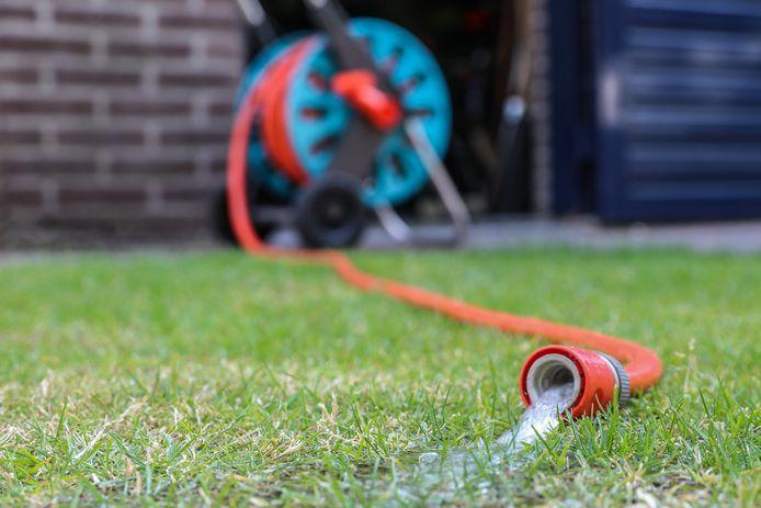 Waterbedrijf Vitens waarschuwt voor lage waterdruk in de regio Twente