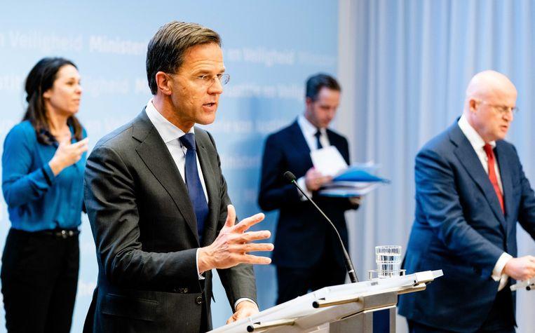 Premier Mark Rutte tijdens de persconferentie. Beeld ANP