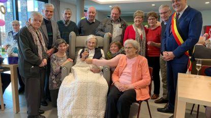 Zuster Lucy viert 100ste verjaardag in woonzorgcentrum