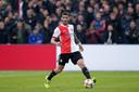 Marcos Senesi maakte achterin bij Feyenoord geen onuitwisbare indruk.