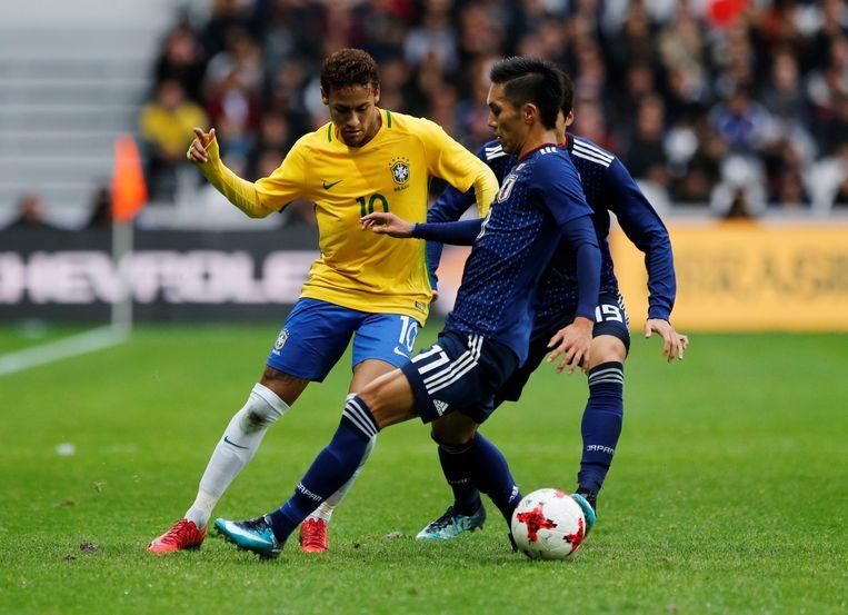 Yuya Kubo zag sterretjes tegen Neymar.