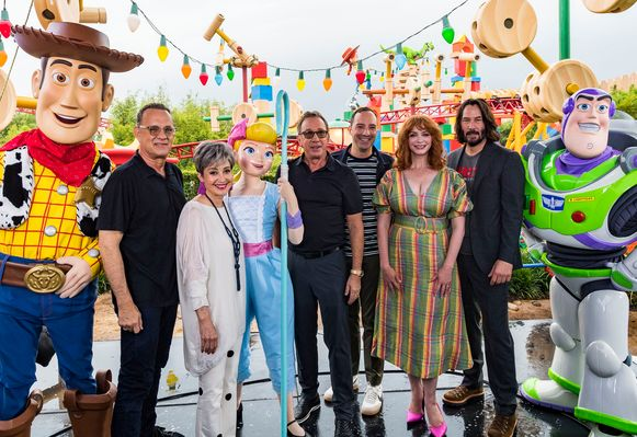 De cast van 'Toy Story 4': Tom Hanks, Annie Potts, Bo Peep, Tim Allen, Tony Hale, Christina Hendricks, Keanu Reeves.