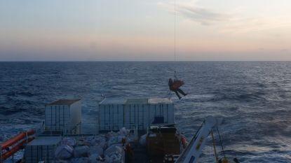 Negen maanden zwangere vrouw opgevangen door Malta na evacuatie vanaf reddingsschip