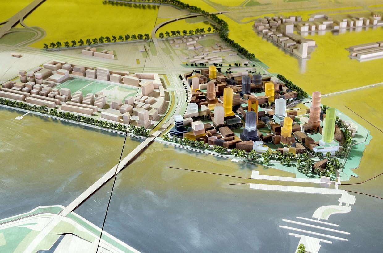 De woonflats in de nieuwe Sluisbuurt worden tot wel 125 meter hoog.