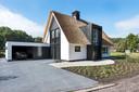 Rietgedekt door Presolid Home gebouwd landhuis.