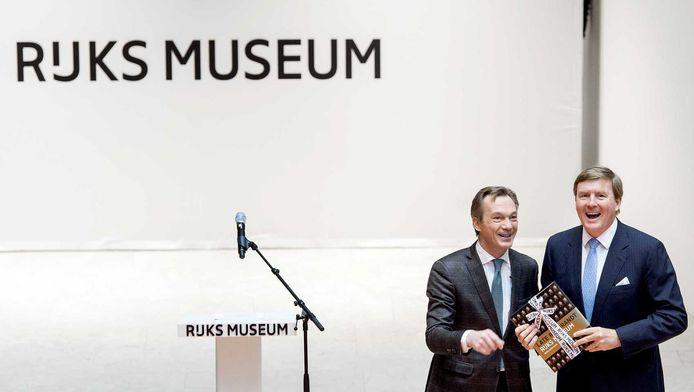 Koning Willem-Alexander opent in het Rijksmuseum samen met directeur Wim Pijbes de grootste Rembrandt-tentoonstelling in bijna een halve eeuw.