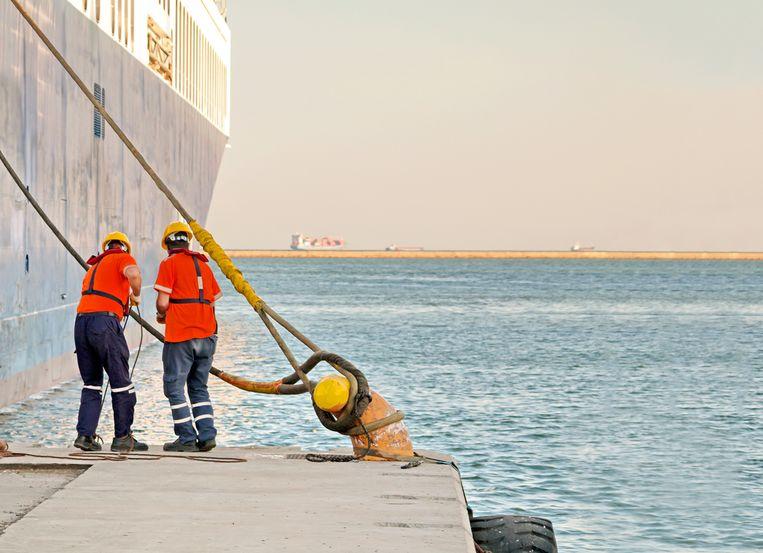 Aangezien de haven een sterk internationale omgeving is, is talenkennis dan ook meestal aangewezen