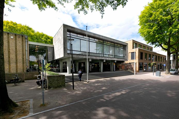 Het gemeentehuis in Son.