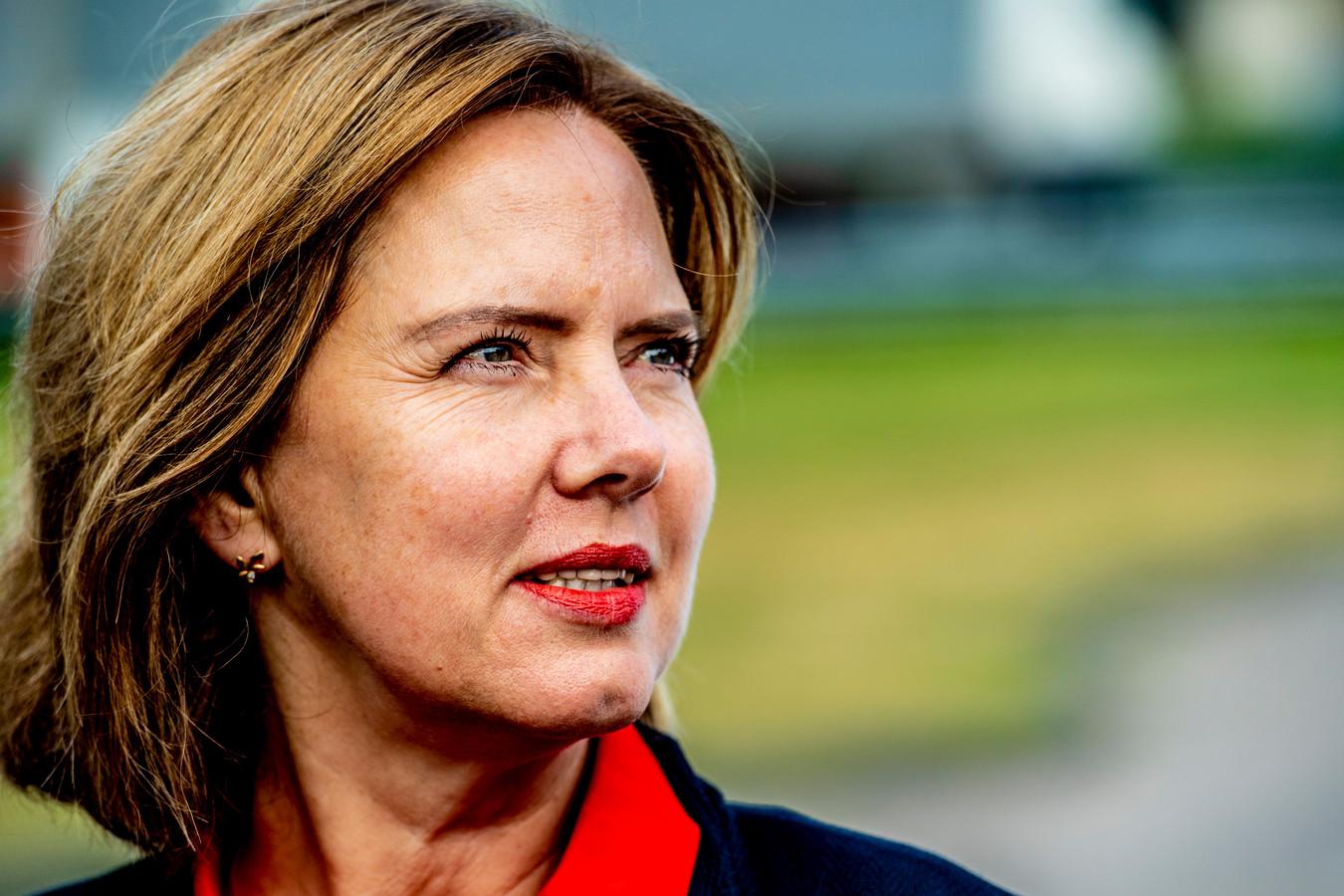 Minister Cora van Nieuwenhuizen (Verkeer) zegt nog steeds naar nul verkeersdoden te streven