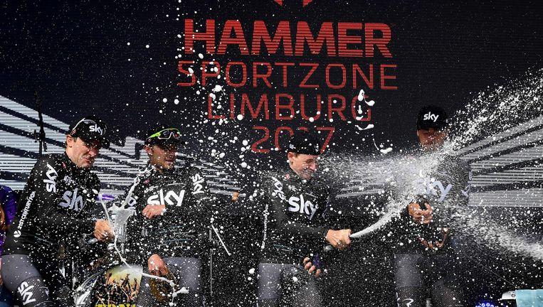Team Sky op het podium bij de eerste editie van Hammer Series Beeld TDW