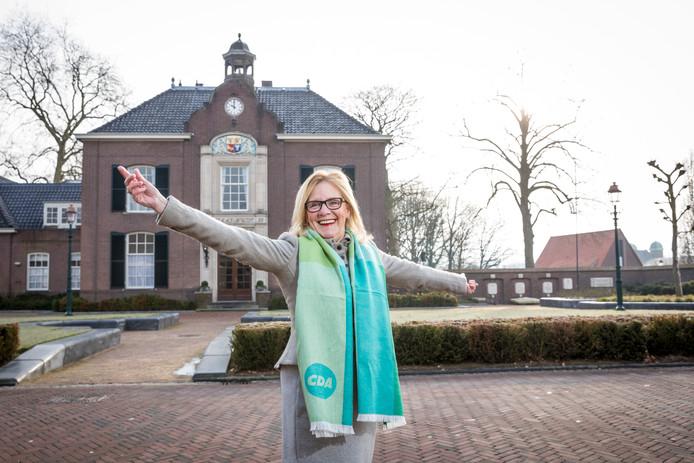 Joke Grotenhuis, lijsttrekker van het CDA in Heerde, wil dat kinderen het Heerder volkslied leren. ,,Het is vervaagd.''