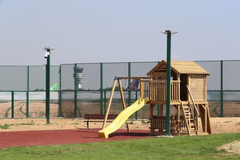 Speeltuin in het gesloten asielcentrum 127bis in Steenokkerzeel.