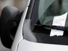 Foutparkeerders bij maandmarkt IJhorst aangepakt