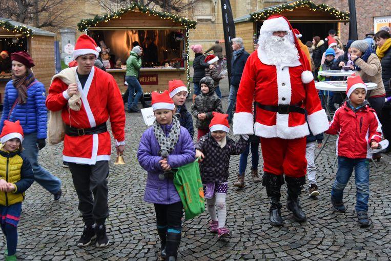 De kerstman maakt traditioneel ook opnieuw zijn intrede (archieffoto).
