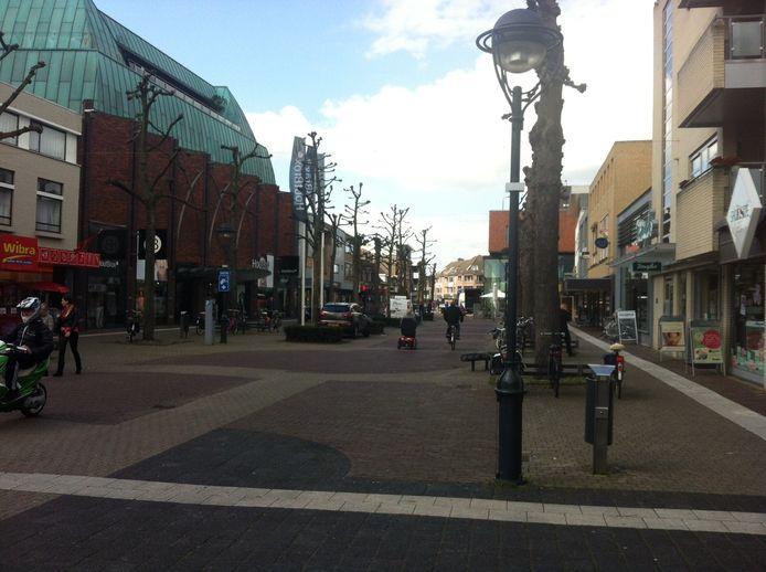 Gemeente en SUP blijven ruziën over de manier waarop onder andere het winkelcentrum gepromoot moet worden.