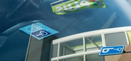Fors duurdere parkeerkaart voor gehandicapten in Heerde en Oldebroek: 'Dit kun je niet maken'
