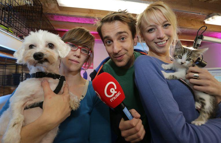 Presentatoren Sam De Bruyn en Heidi Van Tielen kozen voor het dierenasiel omdat alle dieren een warme thuis verdienen.