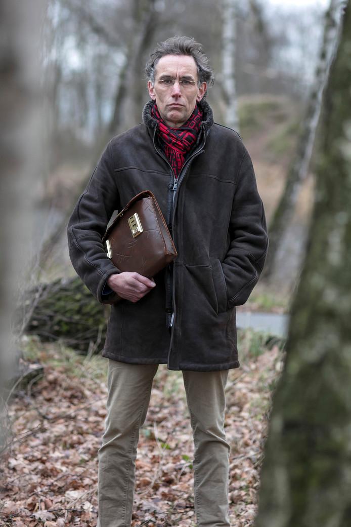Schrijver Peter Bak werkt momenteel aan een boek over landgoed Haarendael in oorlogstijd.