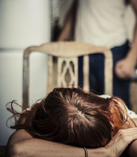 Politie gaat in Ede mishandeling kind op school melden: 'In oudergesprekken lijkt het me best ongemakkelijk'