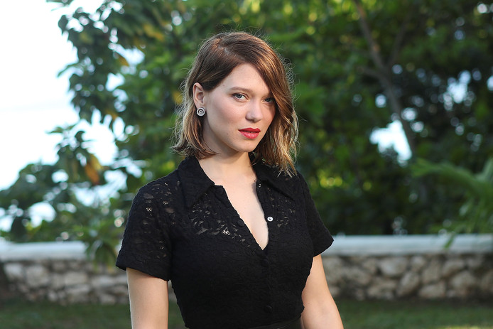 """Actor Lea Seydoux poses for a picture during a photocall for the British spy franchise's 25th film set for release next year, titled """"Bond 25"""" in Oracabessa, Jamaica April 25, 2019. REUTERS/Gilbert Bellamy"""
