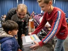 Gevulde schoenendozen voor kinderen azc Middelburg