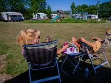 De campings komen weer tot leven