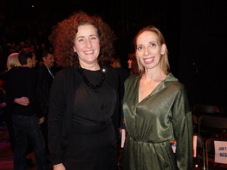 Minister van Cultuur Ingrid van Engelshoven en het 'zeer opwindende' jurylid Galia Bador Beeld Schuim