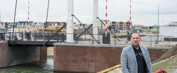 Jos Aikema hield zich in de gemeenteraad van Harderwijk onder andere bezig met de ontwikkelingen in het Waterfront.