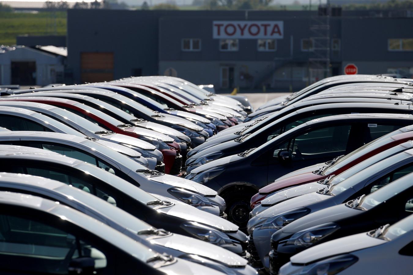 Voorraad nieuwe auto's bij de Toyota-fabriek in het Franse Onnaing, in april van dit jaar