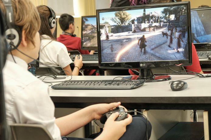 Het computerspelletje neemt de leerlingen mee naar het Oude Griekenland.