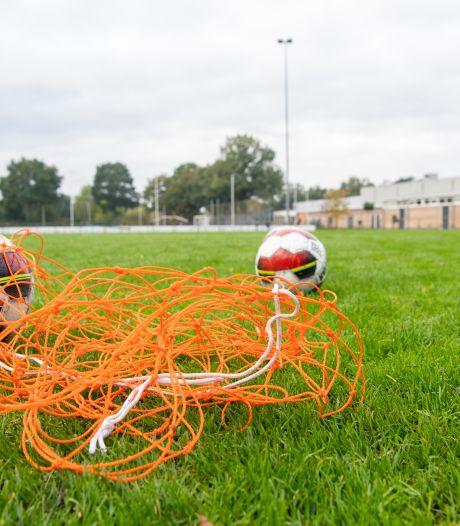 Voetbalclubs Dalfsen zien afschaffen jeugdsportsubsidie als schot in eigen doel